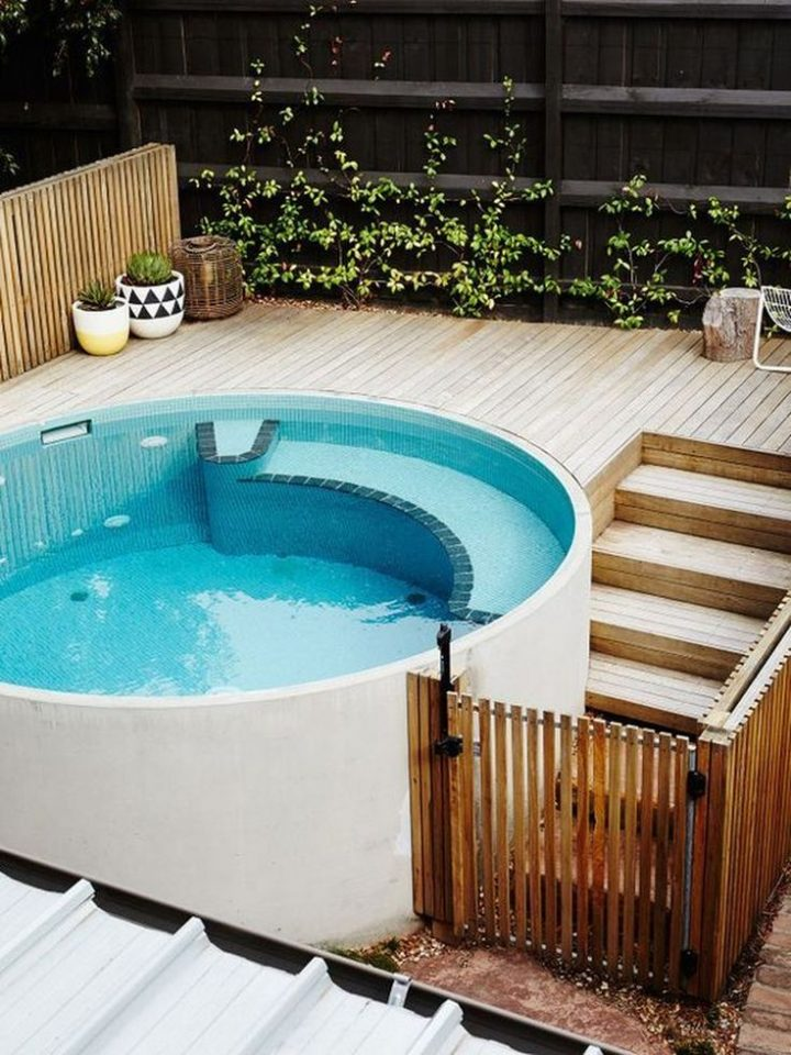 45 Small, bright pool for small patio ideas