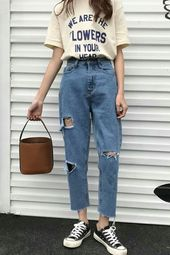 10 tips on how to combine a boyfriend jeans correctly