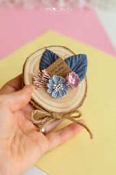 Set of 10 Rustic Wedding Favors for guests, Wood Slices Gifts with flowers and personalized tags, Blush Wedding Favors, Custom Favors
